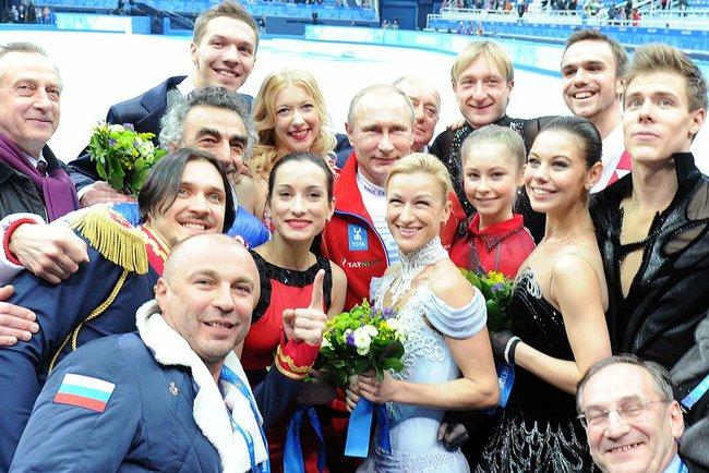 http://amymantravadi.com/wp-content/uploads/2014/02/Putin-figure-skaters-2.jpeg