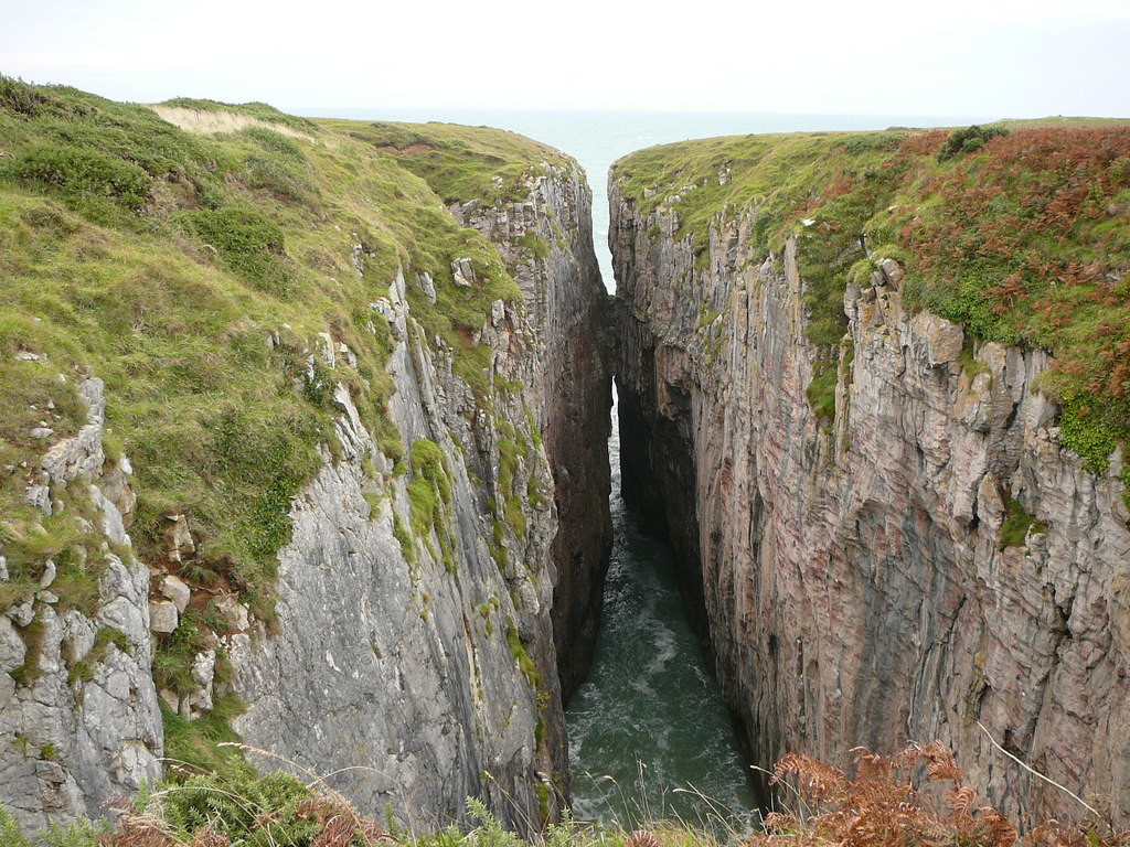 "The ""Huntsman's Leap"" chasm in Wales, as photographed by Colin Park."